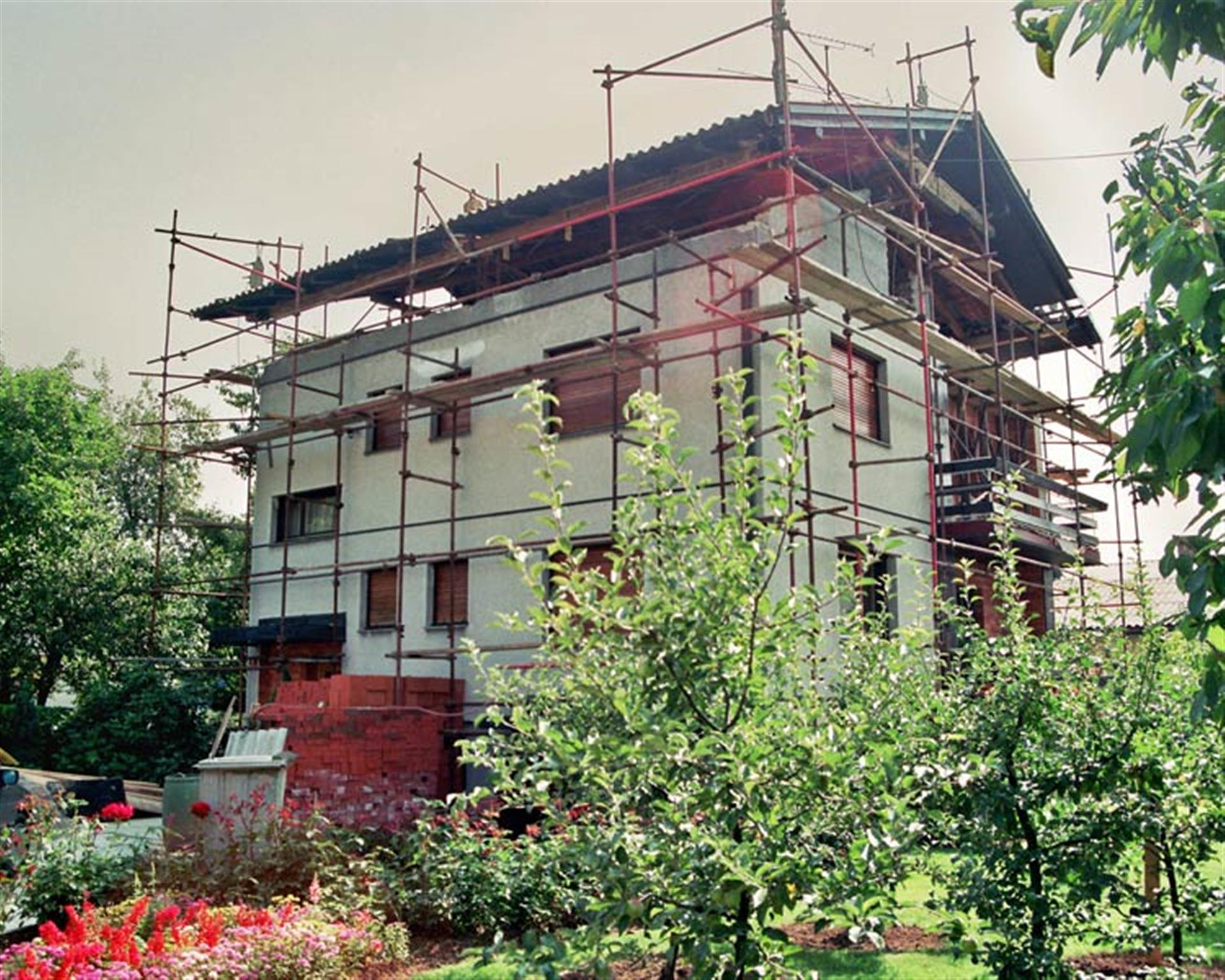 Dvig strehe 1