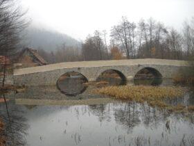 Most čez reko Rinžo