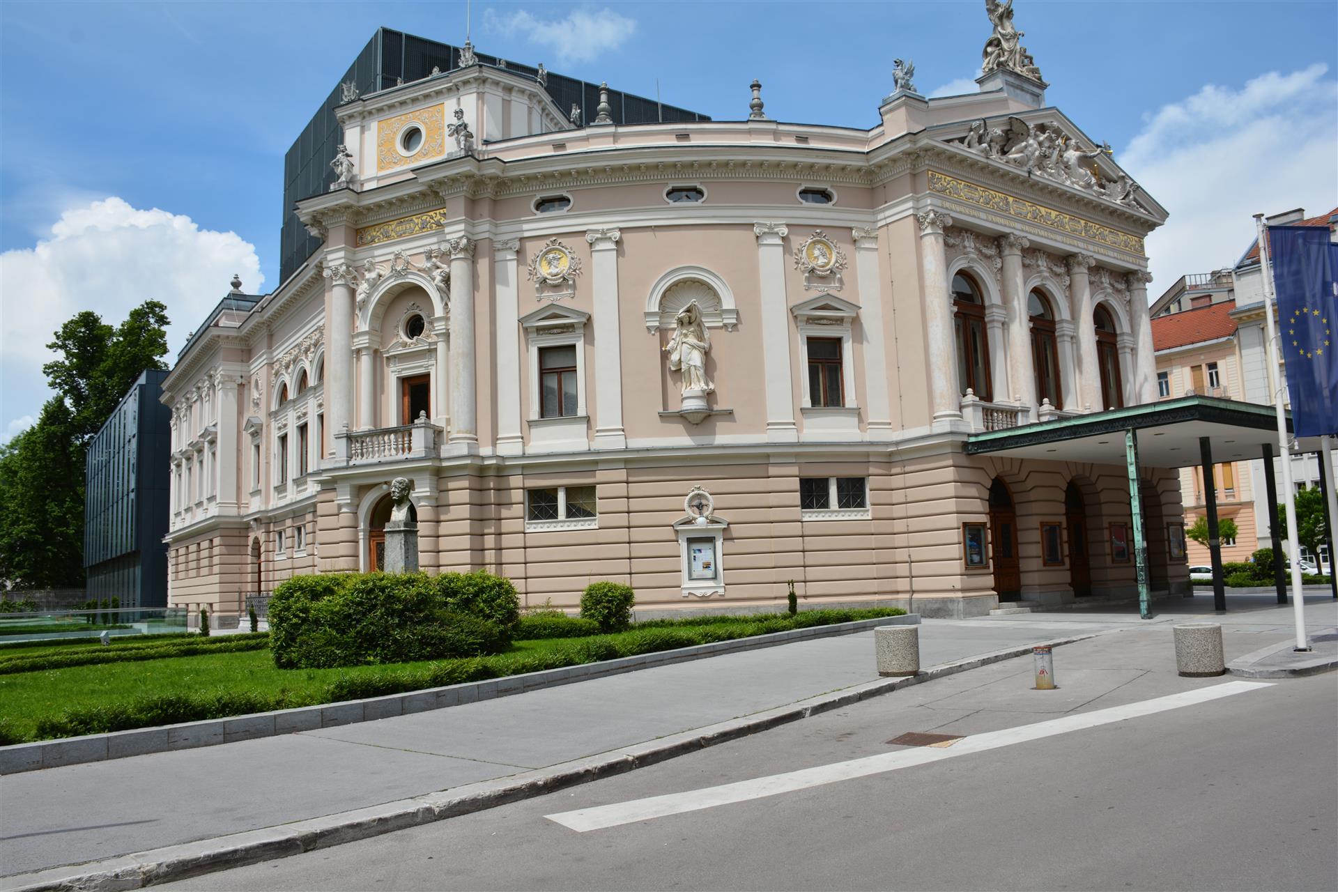 SNG Opera in balet 1